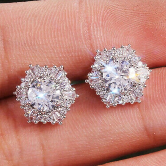 Jewelry - 925 Silver Stud Earrings for Women A Pair set